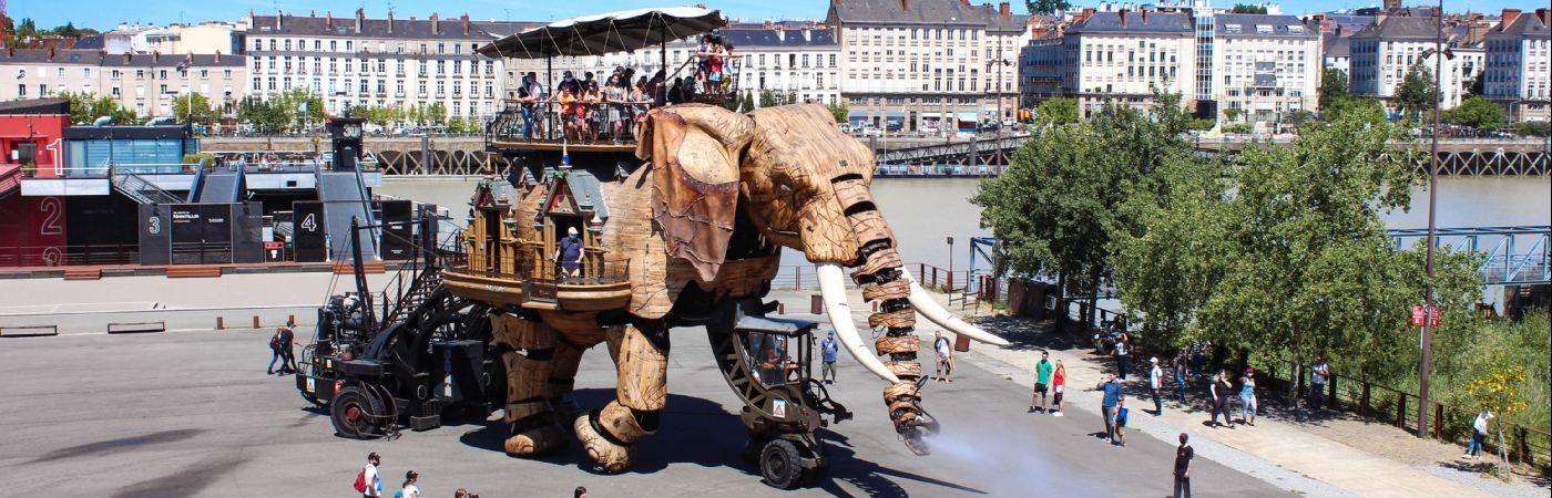 Le grand éléphant des Machines de l'Île à Nantes